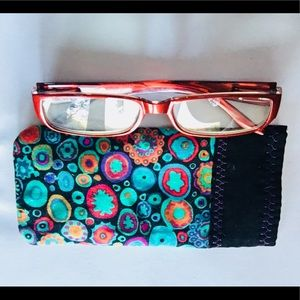 HAND MADE READER QUILTED CASE W BATTING, FREE BAG